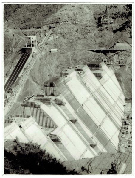 1955 糠平ダム完成 ぬかびら源泉郷開湯100周年記念サイト